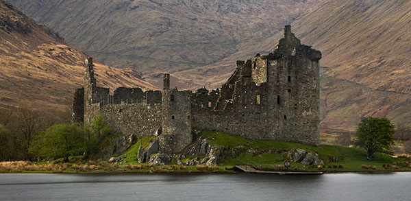 Kilchurn Castle. Fine Art Landscape Photography by Gary Waidson