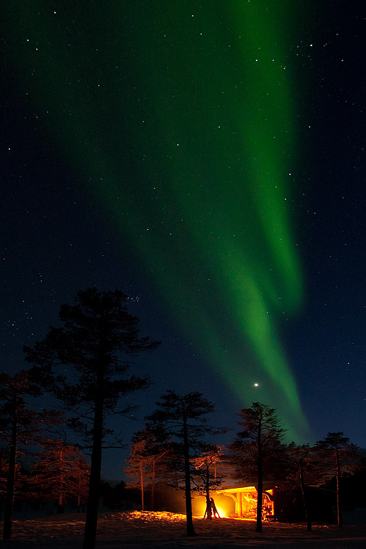 Northern-lights-over-Shelter-and-Fire