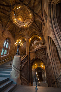 Rylands-Library-Lightwell-t